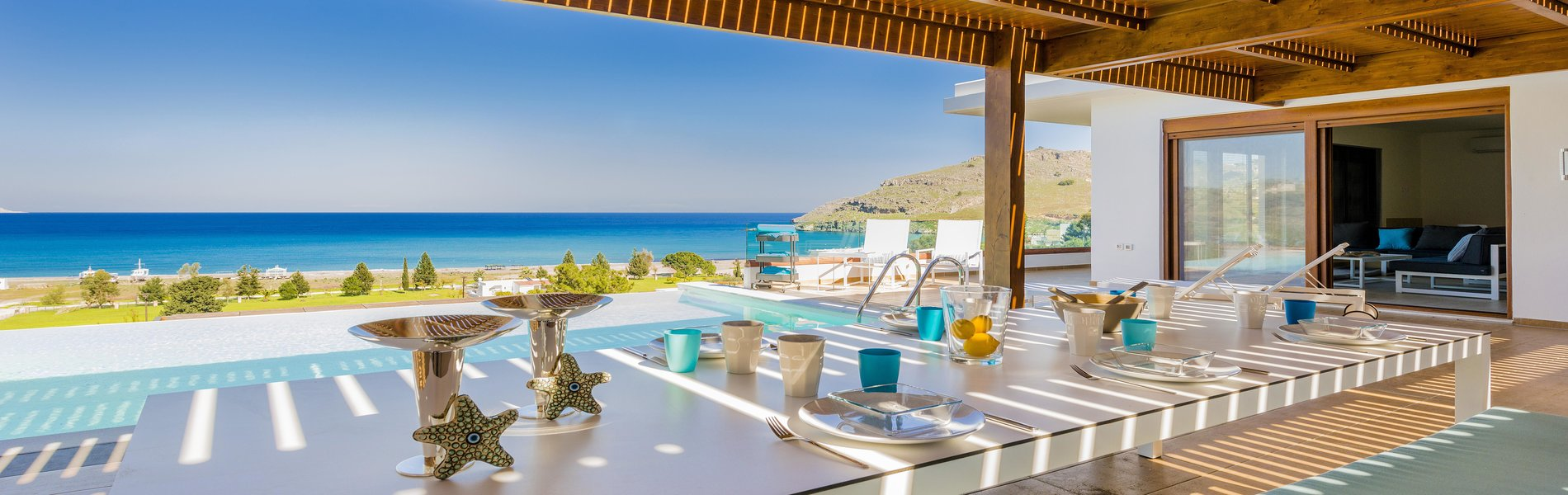 villa-santorini-cyclades-greece-pool-luxury-aleria-kinney=smith-mykanos-corfu-crete-halkidiki-apartments-town-house-beach-real-estate-rightmove
